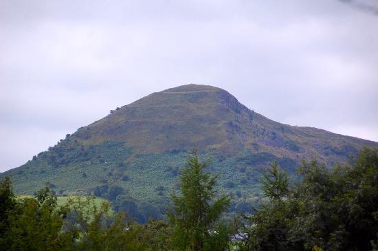 Skirrid Mountain. Wales. - Picture of Skirrid Mountain Inn. Llanvihangel Crucorney - Tripadvisor