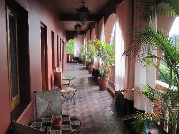 Resultado de imagen para hotel california todos santos