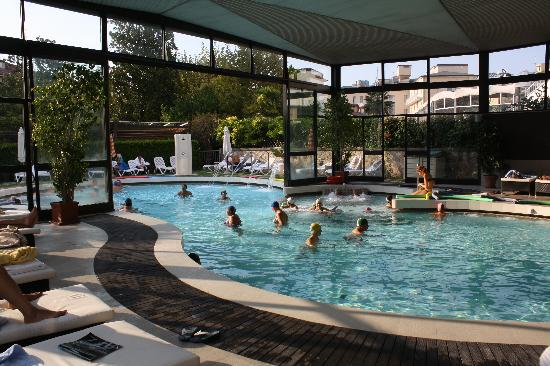 La piscina  Foto di Igea Suisse Hotel Terme Abano Terme  TripAdvisor