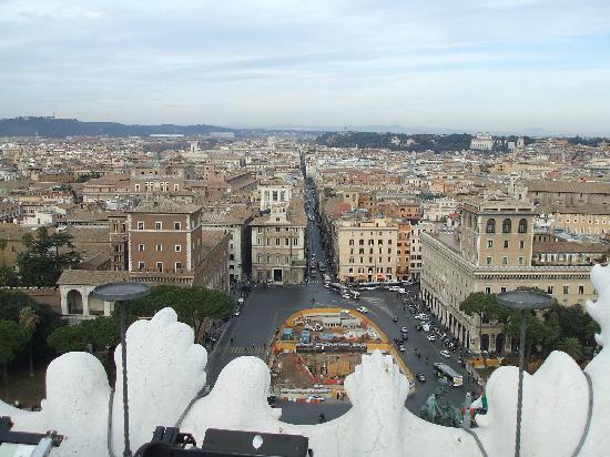 Roma vista dalla Terrazza delle Quadrighe  Picture of