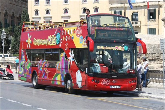 city sightseeing bus round malta tour