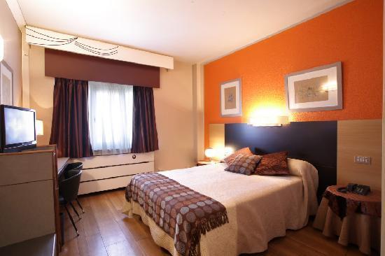 Habitacion Doble Standard Picture Of Hotel Quindos Leon