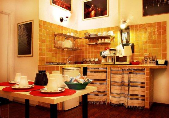 Bed Breakfast Angolo Romano Rome Italy BB Reviews