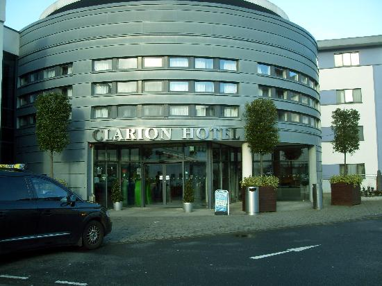 Main Entrance Picture Of Clayton Hotel Liffey Valley
