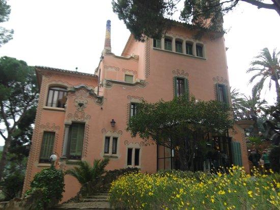 Casa Museo Gaudi Wikipedia