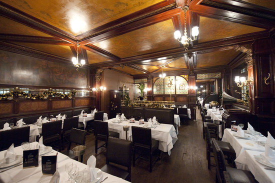 Brasserie Flo Paris  7 cours des Petites Ecuries Chteau dEauGare du Nord  Restaurant Avis