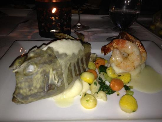 Local Shellfish Paired With Shrimp Dining Here Is Always An Adventure Photo De Old Stone