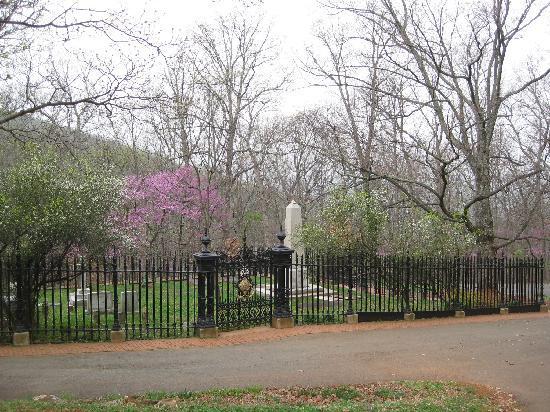 Monticello Cemetery Picture Of Thomas Jeffersons Monticello Charlottesville TripAdvisor