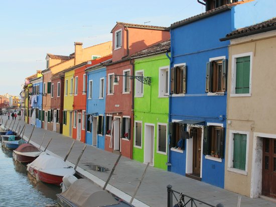 things to do in Burano Island, architecture