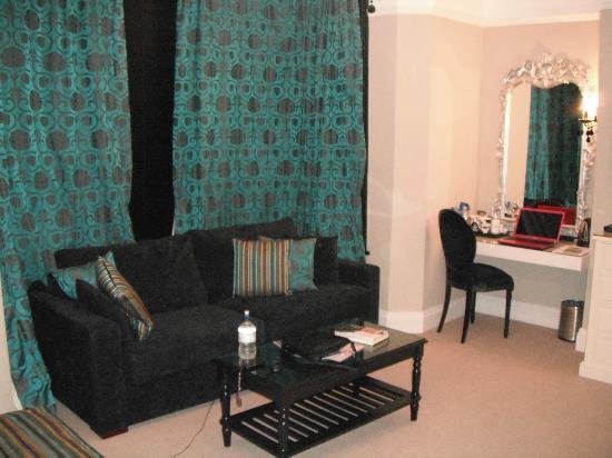 Sofa Area Picture Of The Grafton Boutique B B Harrogate