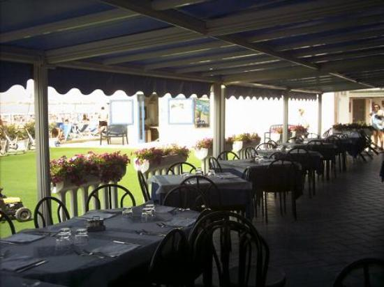 Bagno Nettuno, Marina Di Grosseto  Restaurant Reviews