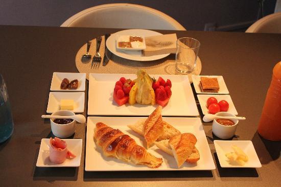 豐富既早餐 英文? | Yahoo 知識+