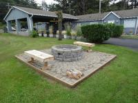 firepit, front lawn - Picture of Silver Surf Motel ...