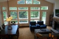 Great Room with Peak ceilings/windows - Picture of Fairway ...
