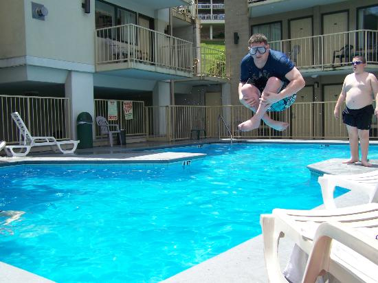 Love The Pool Picture Of Vacation Lodge Pigeon Forge Tripadvisor