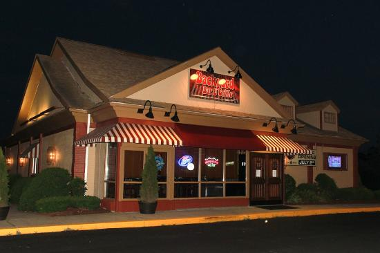 Backyard Bar And Grille, Enfield  Restaurant Reviews