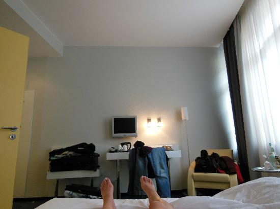 Main Room Picture Of Select Hotel Berlin Checkpoint