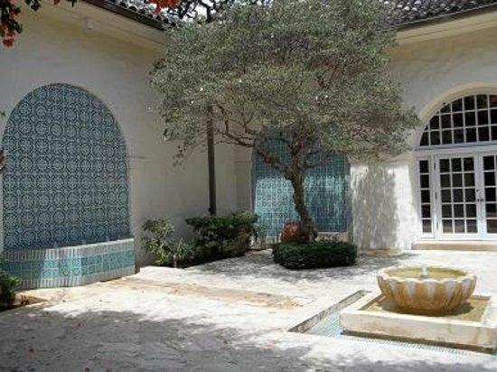 Mediterranean Courtyard Picture Of Honolulu Museum Of
