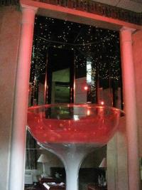 Champagne glass jacuzzi - Picture of Pocono Palace Resort ...