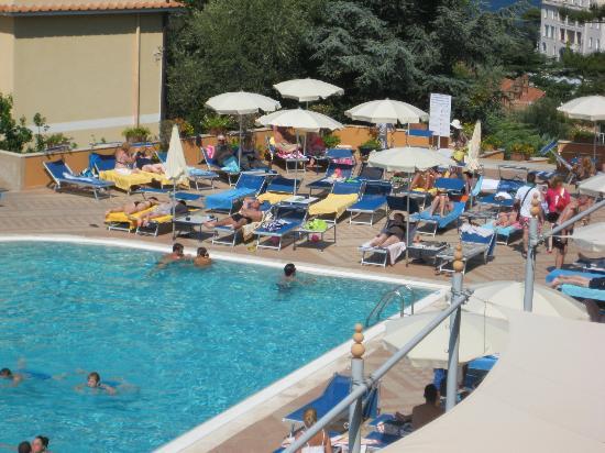 Hotel Pool Picture Of Grand Hotel Vesuvio Sorrento