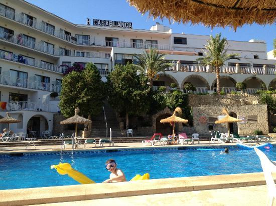 Hotel Y Apartamentos Casablanca Pool