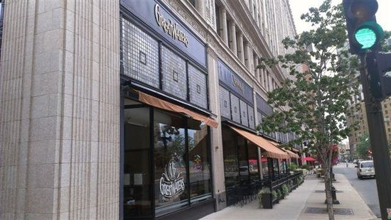 Restaurants Near Me Xcel Energy Center