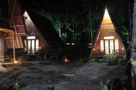 Penginapan di Tanjung Setia