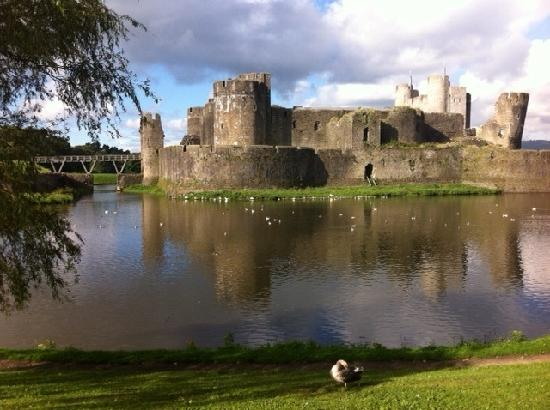 Photos of Court House, Caerphilly