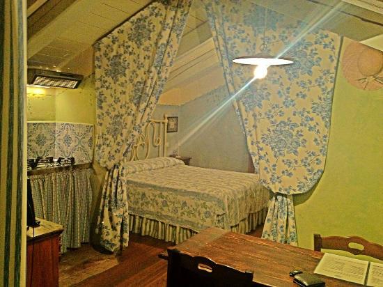appartamentino quotnon ti scordar di mequot zona letto Picture