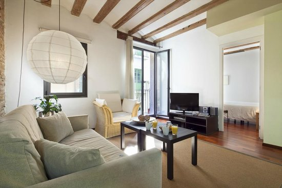 INSIDE BARCELONA APARTMENTS ESPARTERIA 130 144  UPDATED 2018 Prices  Condominium