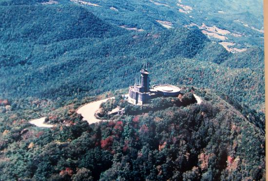 Overview of the entire park  Picture of Brasstown Bald