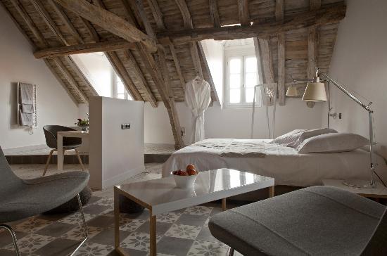 Chambre Sous Toit Photo De Les Templiers Charroux