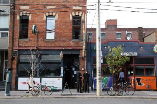 Bettys Toronto 240 King St E Downtown Menu Amp Prices
