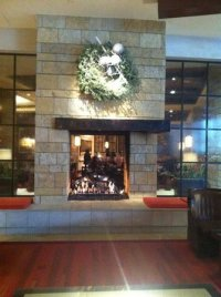 lobby fireplace - Picture of Omni Fort Worth Hotel, Fort ...