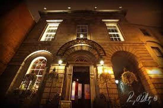 The Merchants Arch Bar Amp Restaurant Dublin Restaurant