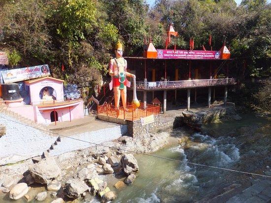Places to visit in Dehradun - Tapkeshwar Mahadev Temple
