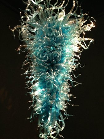 Chihuly Garden And Glass Gorgeous Chandelier