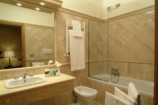 Particolare di una camera Deluxe  Picture of Hotel Clodio
