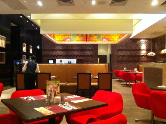 inside this nice restaurant  Picture of The Spaghetti House Macau  TripAdvisor