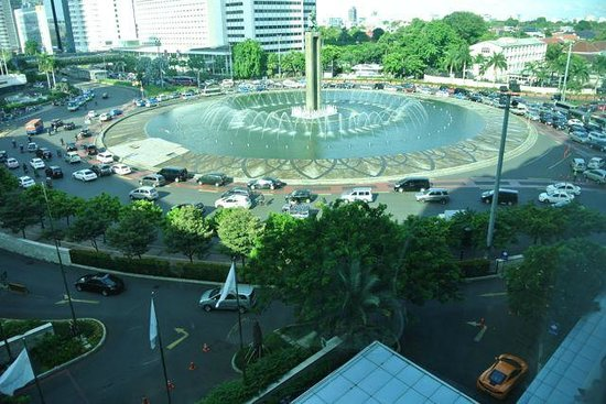 Foutain Near Grand Indonesia Picture Of Hotel Indonesia