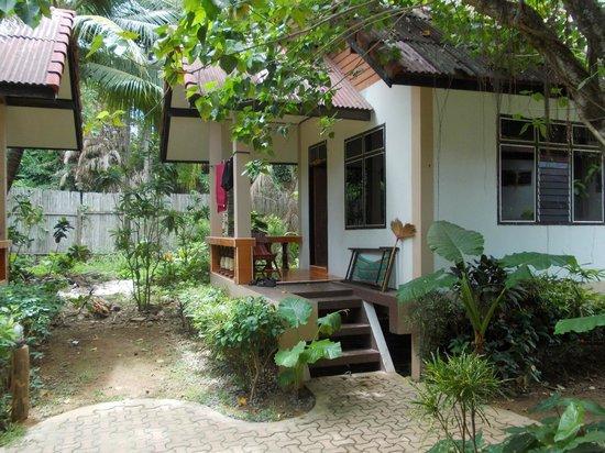 view garden bungalow