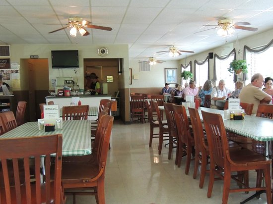 Catfish Kitchen Dining Room