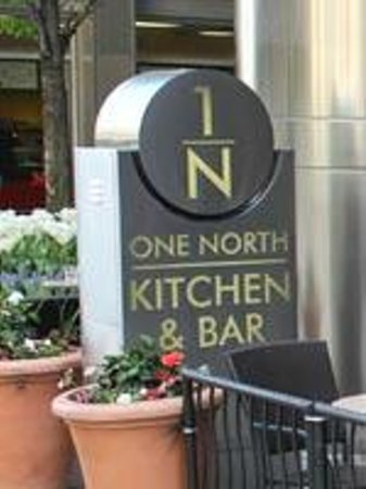 One North Kitchen Bar Chicago Menu Prices Restaurant