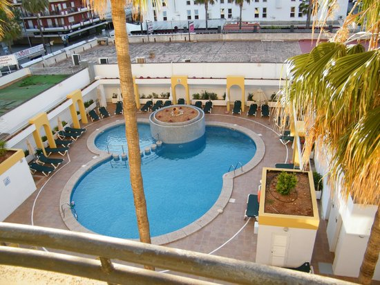 Protur Atalaya Apartments Der Pool