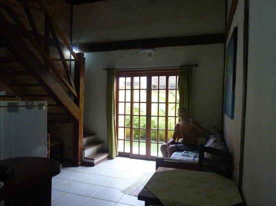 sofa cama usados distrito federal mariposa sala cozinha foto de pousada vila do sol sao sebastiao