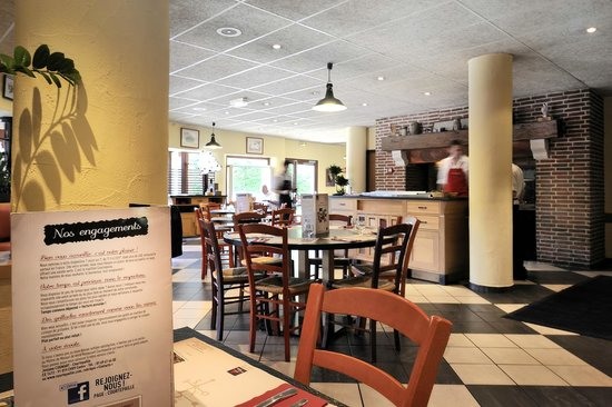 Restaurant Grill Courtepaille Picture Of Ibis Marseille