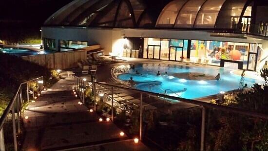 piscina esterna serale  Picture of Acquaworld Concorezzo  TripAdvisor