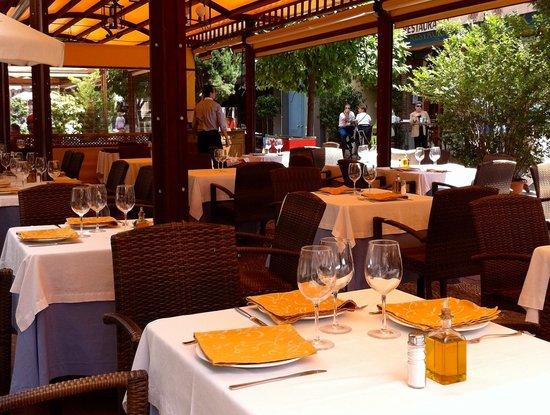 Restaurante Restaurante Bar Oliver en Granada con cocina