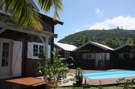 Vue sur la piscine au sel  Picture of Le Village Sauvage SaintJoseph  TripAdvisor