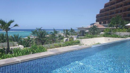 living area - Picture of Kafuu Resort Fuchaku Condo Hotel. Onna-son - TripAdvisor